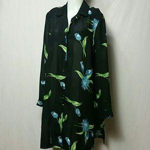 BLAIR Medium Black Floral NWOT Tunic long Sleeve